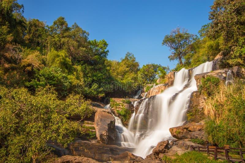 Download Mae-Ya Siklawa, Jomthong, Chiangmai, Tajlandia Zdjęcie Stock - Obraz złożonej z północny, tajlandia: 28965368