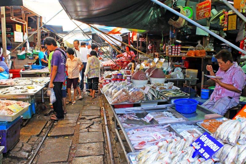Maeklong drevmarknad, Maeklong, Thailand fotografering för bildbyråer