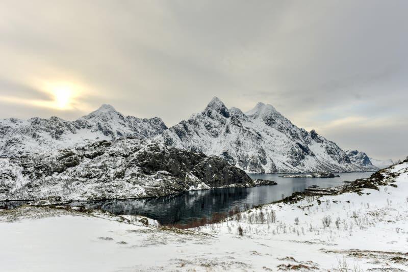Maervoll, острова Vestvagoy - Lofoten, Норвегия стоковые изображения rf