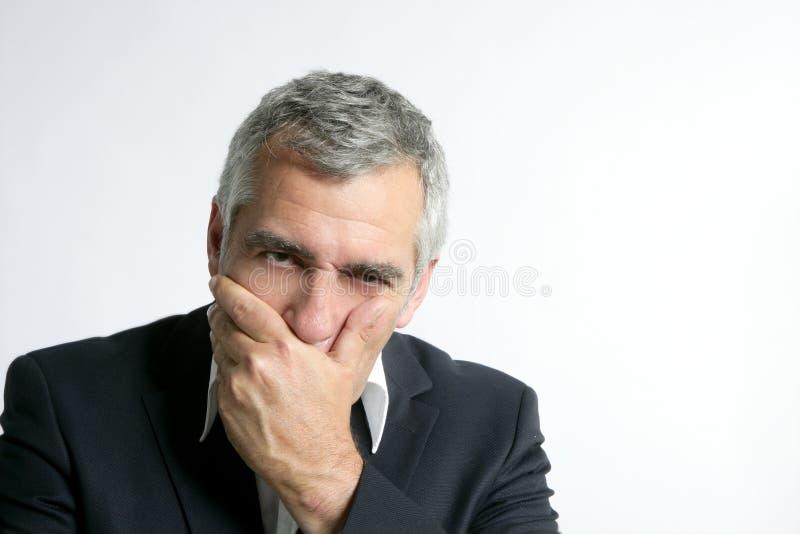 Maestría mayor preocupante triste del hombre de negocios del pelo gris fotografía de archivo libre de regalías