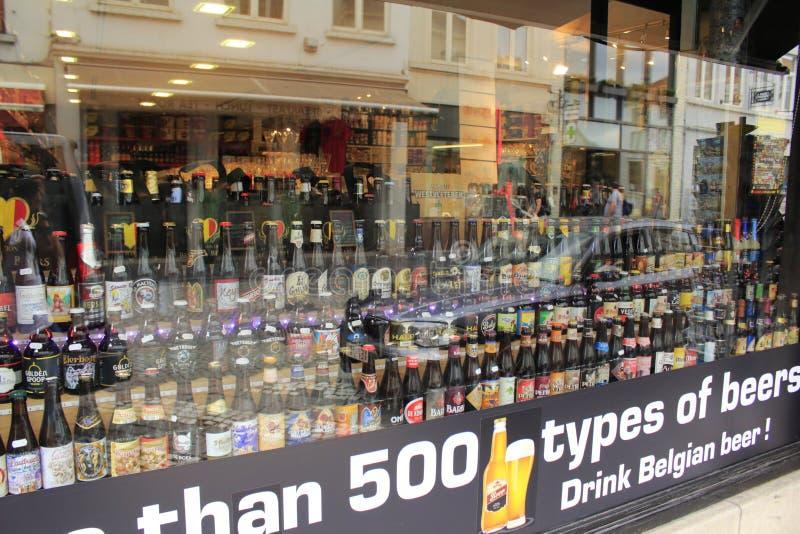 Magasin Bruges Belgique de bière photo libre de droits