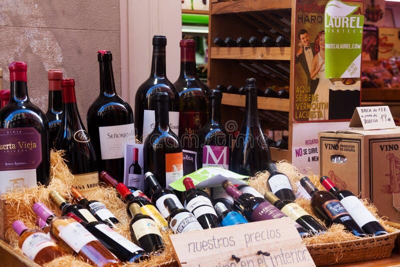 Magasin d'alcool dans Logrono l'espagne photo stock