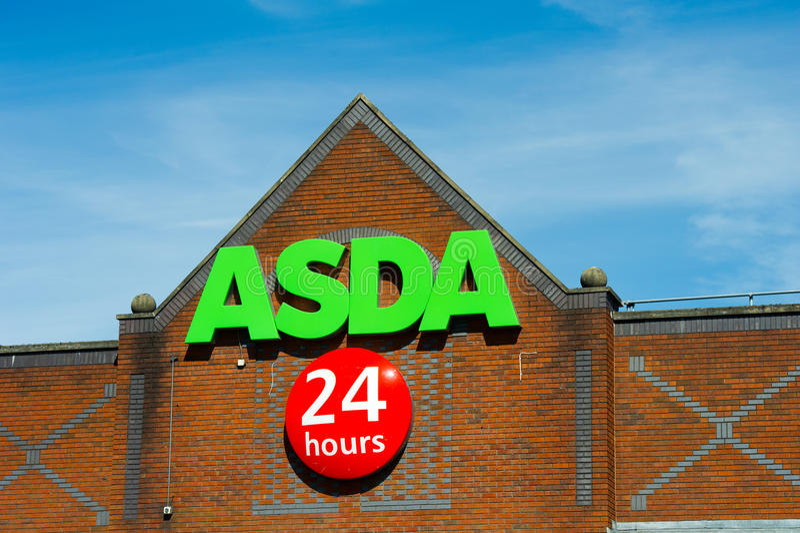 Magasin d'Asda à Manchester, Angleterre photos stock