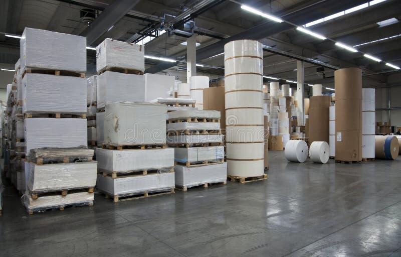 Magasin d'estampes : entrepôt de papier image stock