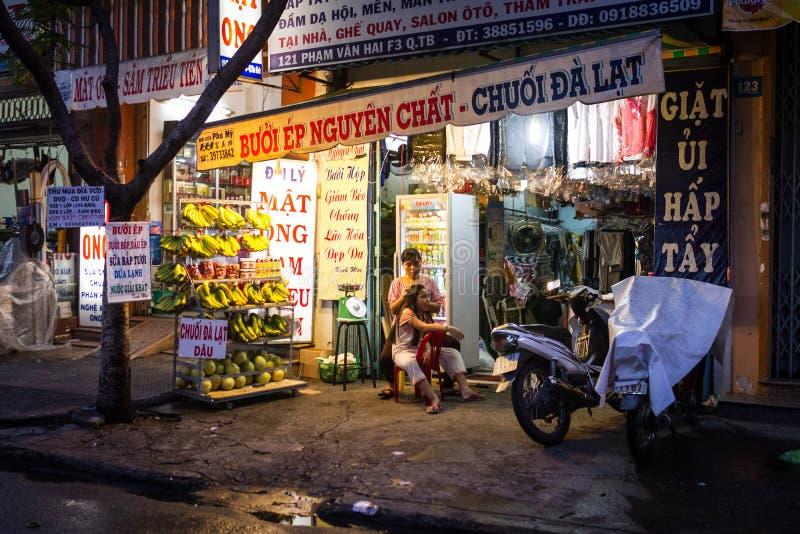 Magasin de banane et blanchisserie au Vietnam image stock
