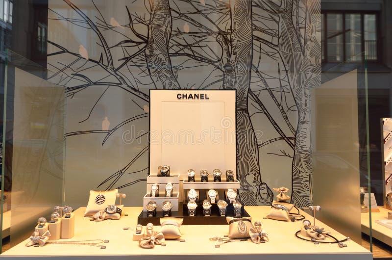 Magasin de bijoux de luxe de Chanel en Allemagne image stock