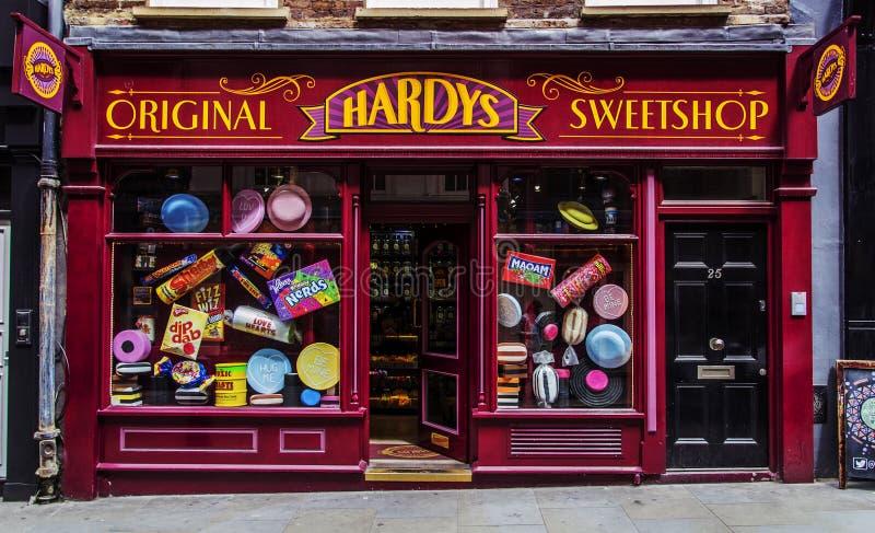Magasin de bonbons Hardys Sweetshop de Londres d'architecture photo libre de droits