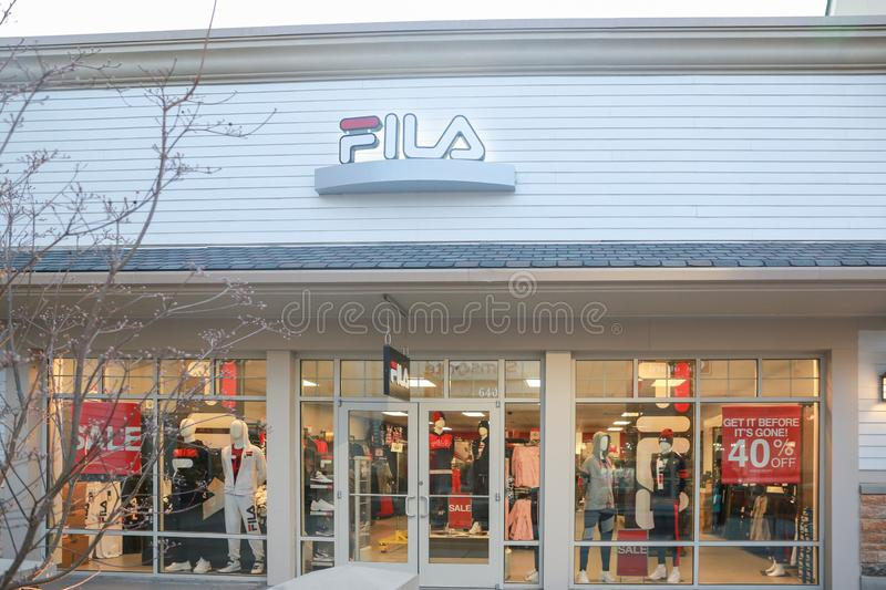 Magasin de FILA dans le New Jersey photos stock