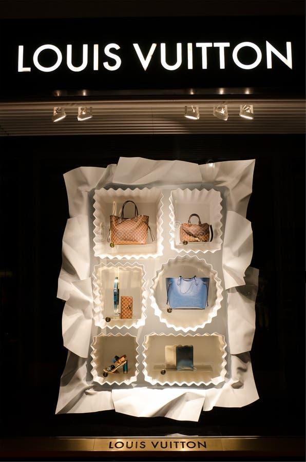 Magasin de Louis Vuitton dans Puerto Banus, Marbella, Espagne photo libre de droits