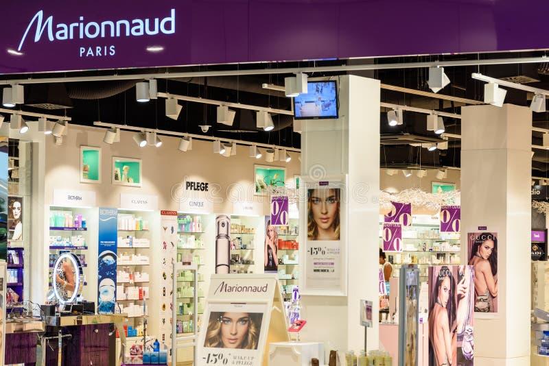 Magasin de Marionnaud Parfumeries images libres de droits