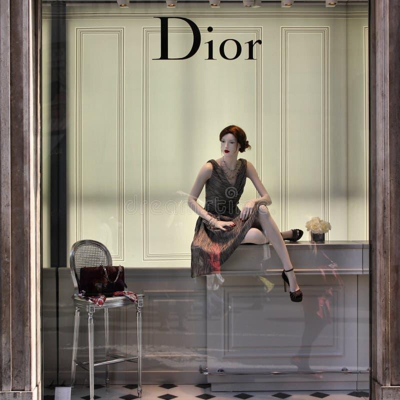 Magasin de mode de Dior image stock