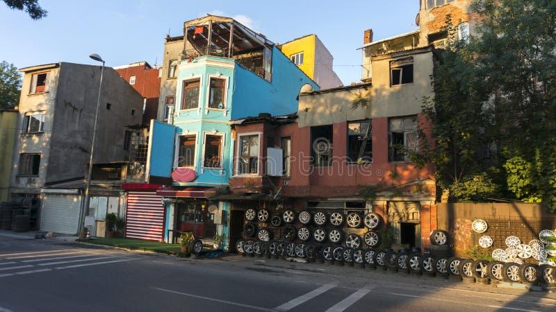 Magasin de pneu à Istanbul photographie stock libre de droits