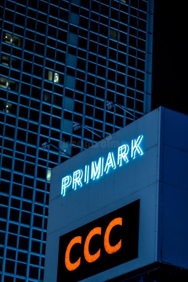 Magasin de Primark en Berlin Alexanderplatz photos libres de droits