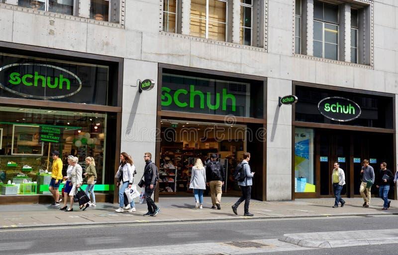Magasin de Schuh à Londres photos stock