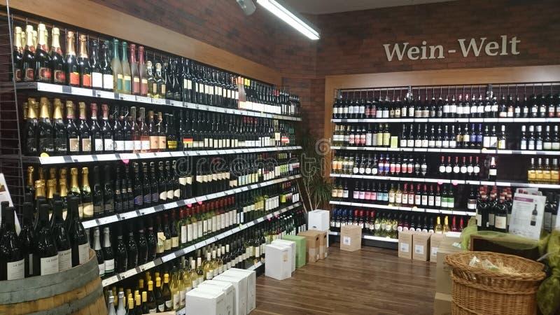 Magasin de vin en Allemagne photo libre de droits