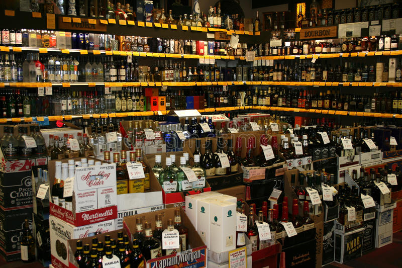 Magasin de vins et de spiritueux photo stock
