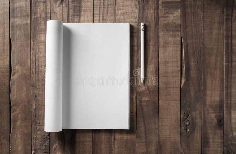 Magazyn i ołówek fotografia stock