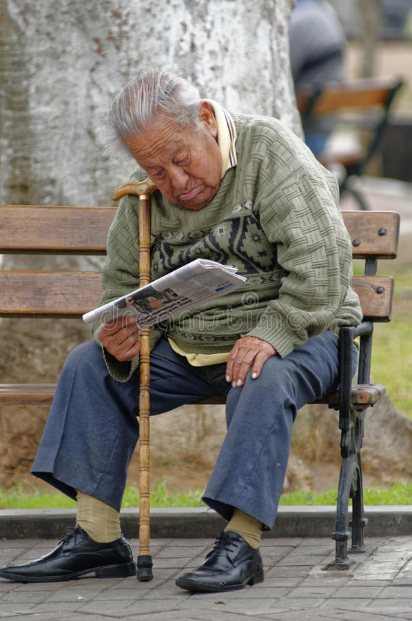 Free Magdalena, Lima, Peru: Old Man Reading The News Stock Photography - 65487642
