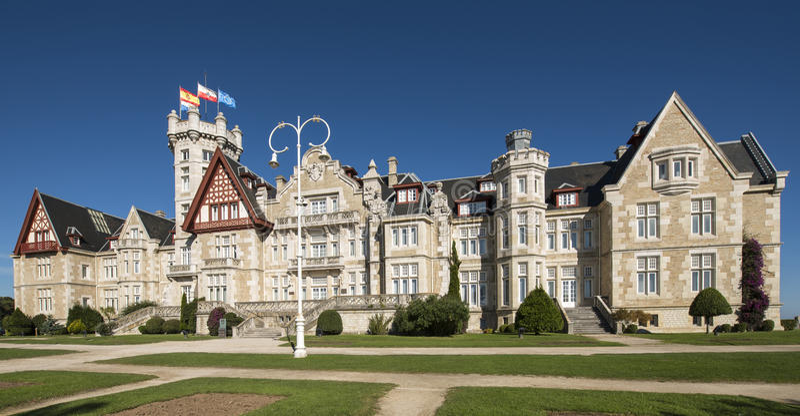 Magdalena slott i Santander, Cantabria, Spanien. arkivbild