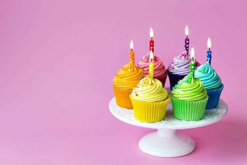 Magdalenas del cumpleaños fotos de archivo