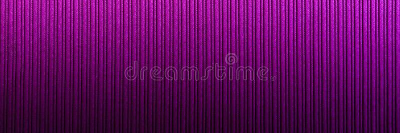Magenta decorativa do fundo, cor fúcsia, roxa, inclinação vertical da textura listrada wallpaper Arte Projeto fotografia de stock