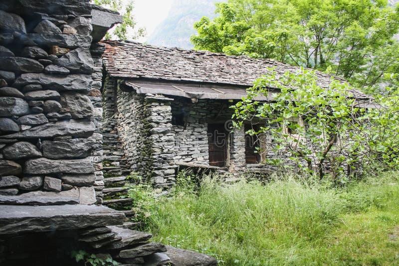 maggia瑞士的谷部分的老房子 免版税库存照片