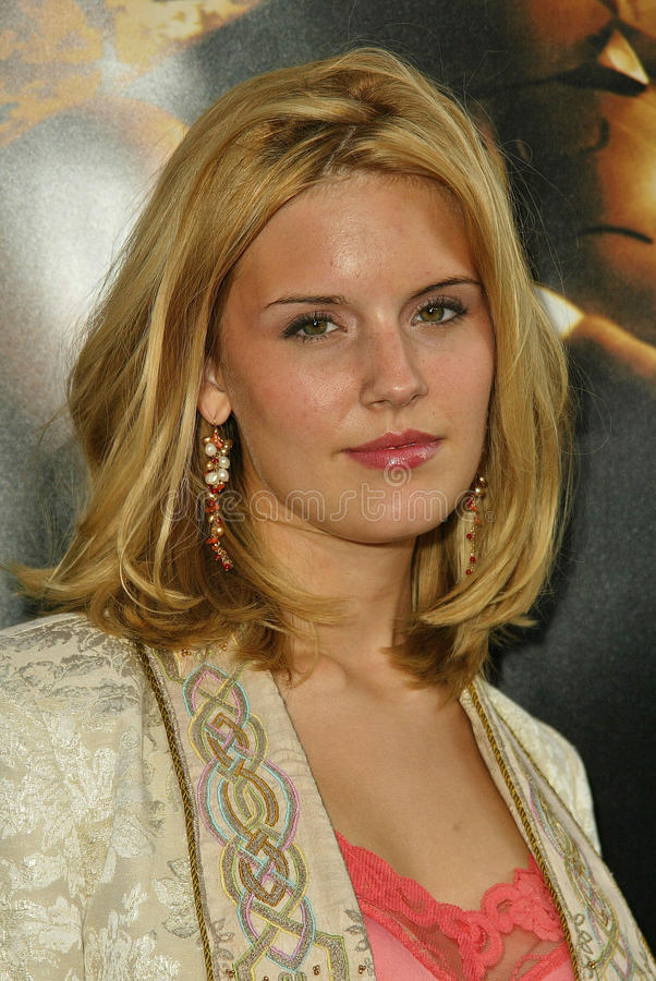 Download Maggie Grace editorial photography. Image of maggie, 06 - 30726467