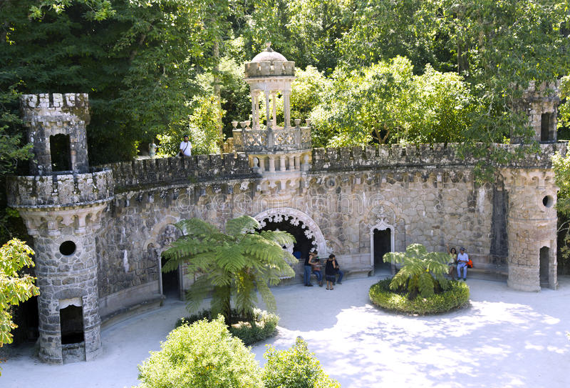 Magia ogród w Quinta da Regaleira zdjęcia royalty free