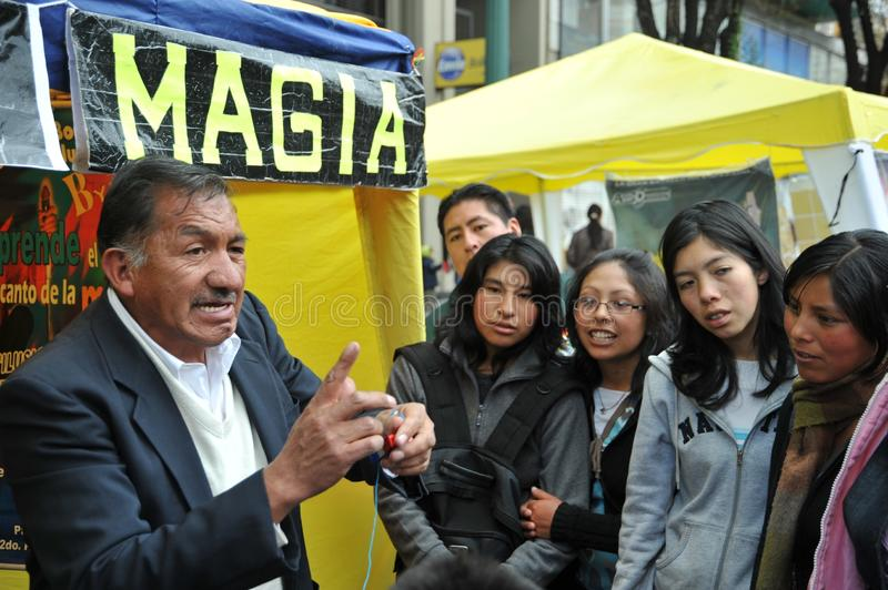 Magicien de rue photo libre de droits