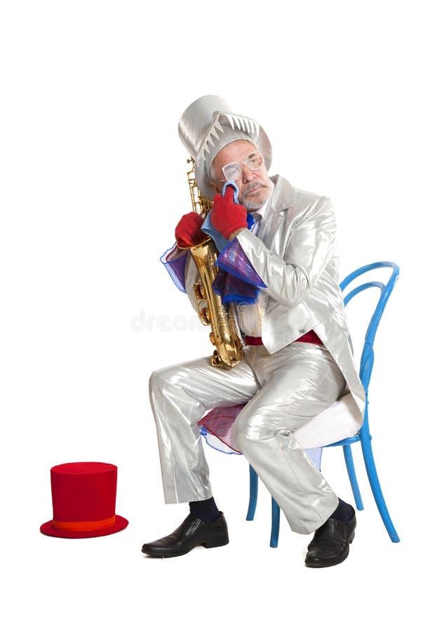Magicien Wailful avec une trompette images stock