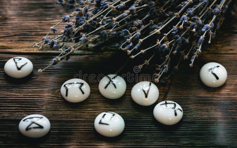 magiczni runes obrazy stock