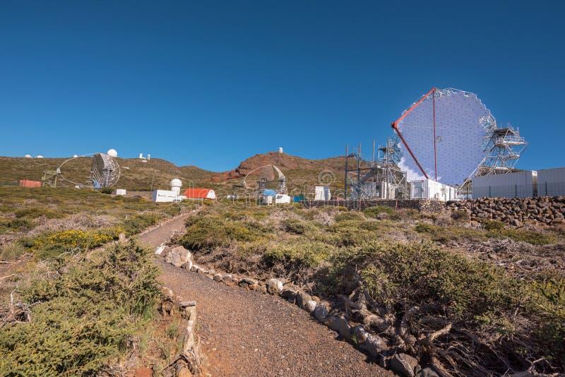 Magiczny gamma promienia teleskop w ORM obserwatorium Roque De Los Muchachos, wyspy kanaryjskie, Hiszpania zdjęcia royalty free