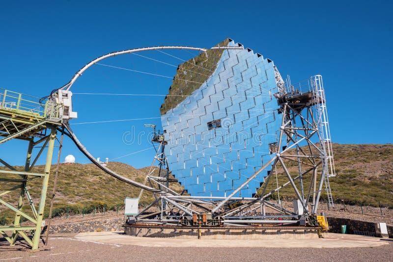 Magiczny gamma promienia teleskop w ORM obserwatorium Roque De Los Muchachos, wyspy kanaryjskie, Hiszpania obrazy stock