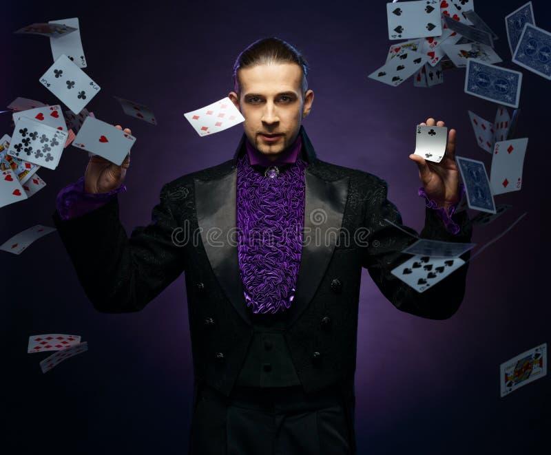 Magik w scena kostiumu zdjęcie stock