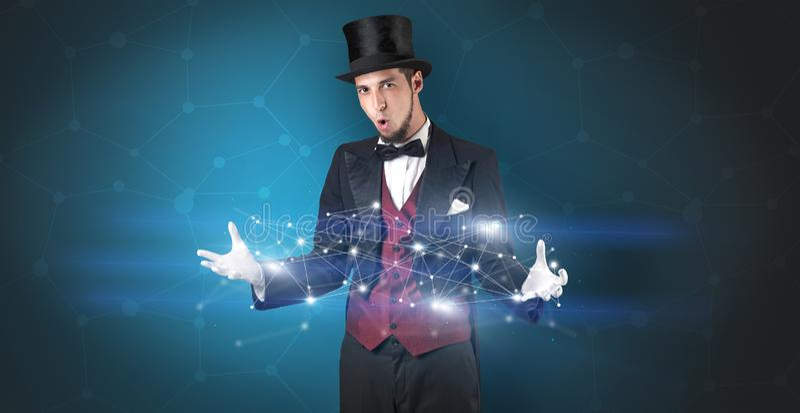 Magik z geometrical związkiem na jego ręce fotografia royalty free