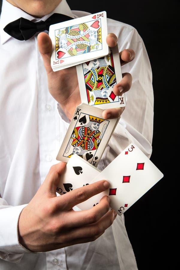 Magik z karta do gry fotografia stock