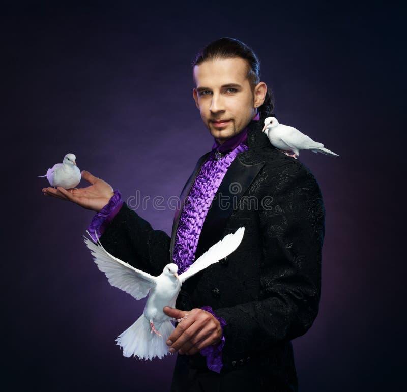 Magika mężczyzna w scena kostiumu obraz royalty free
