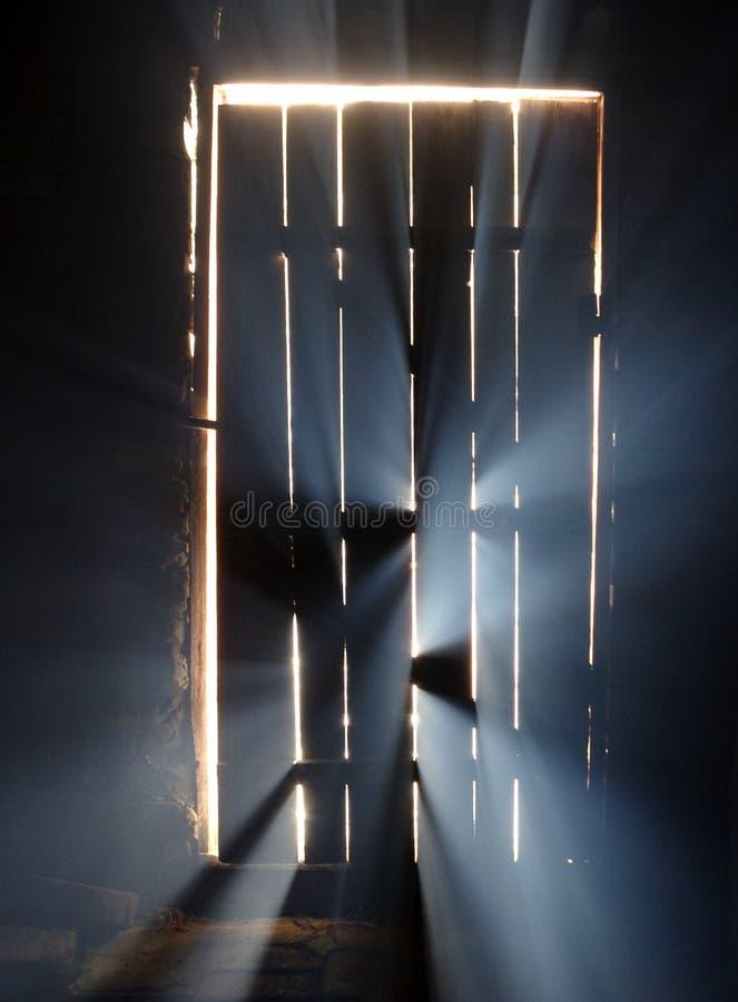 Magisch licht achter de deur royalty-vrije stock foto