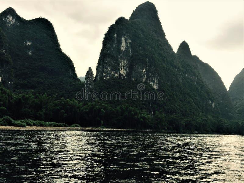 Magische berg, een familie van drie stock foto's