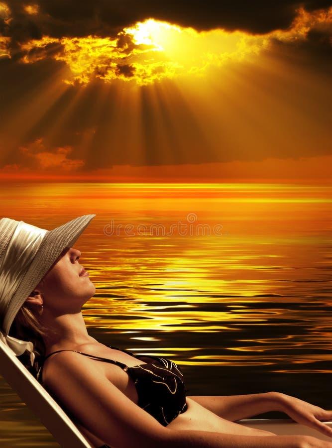 Magische zonsondergang stock afbeeldingen