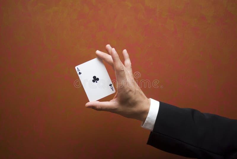 Magischer Kartentrick stockfotos