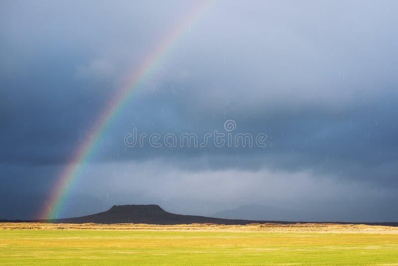Magischer Moment in Island regnerisch lizenzfreie stockfotos