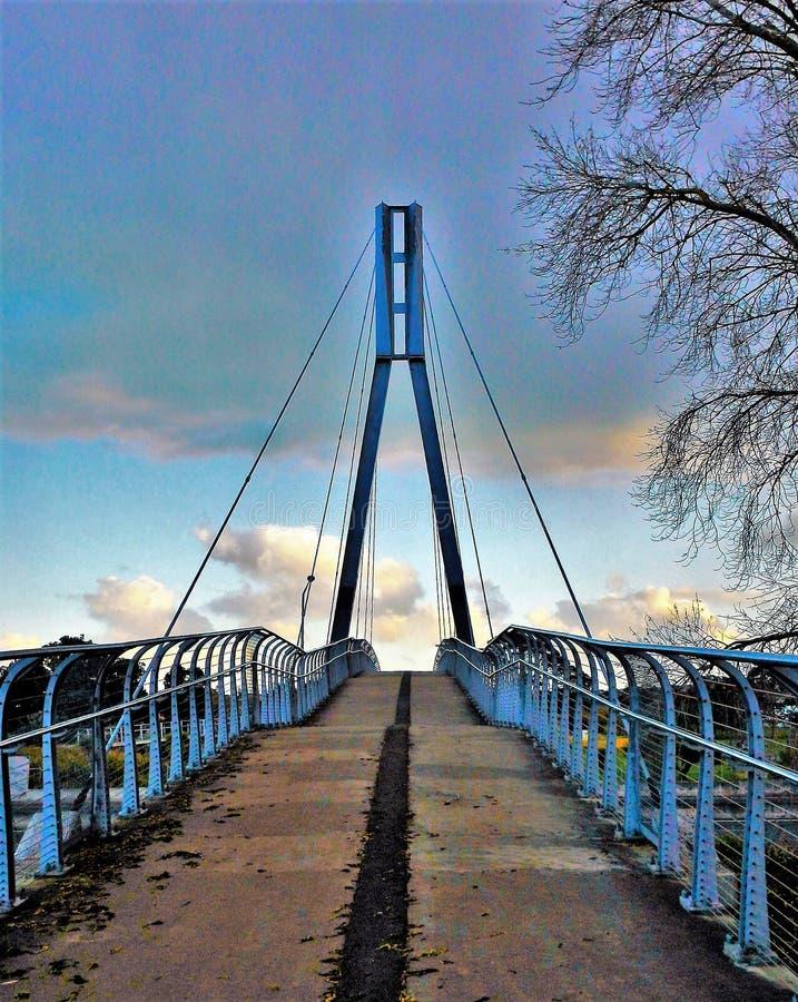 Magistrali wierza zwyczajny most zdjęcia royalty free