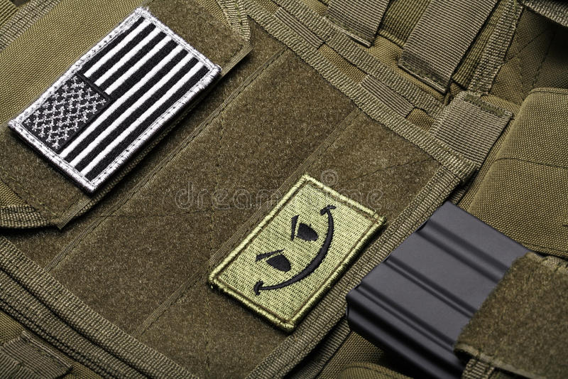Maglia tattica con la bandiera americana fotografia stock libera da diritti