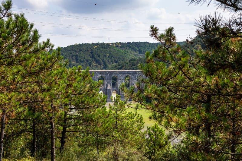 Maglova-Aquädukt, Maglova SU Kemeri auf Türkisch, Sultangazi, Istanbul, die Türkei lizenzfreie stockfotografie