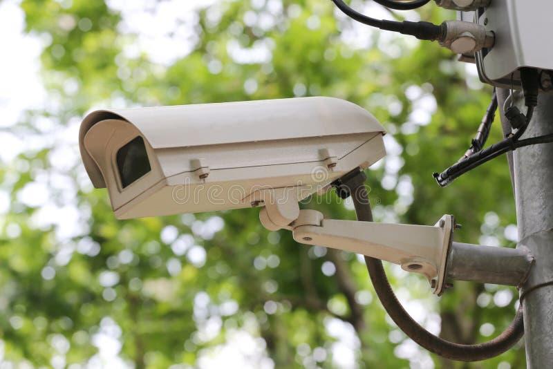 Magnétoscope numérique d'appareil-photo de télévision en circuit fermé en parc public image stock