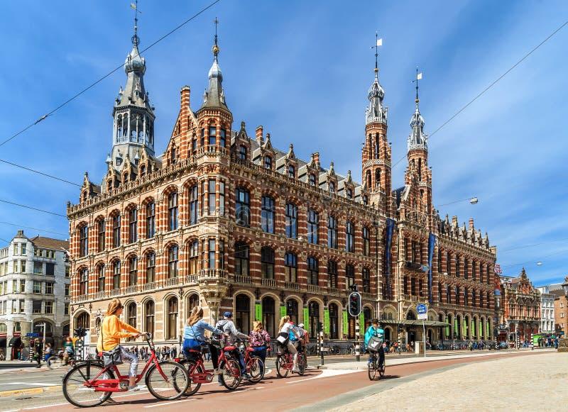Magna Plaza köpcentrum i Amsterdam royaltyfri foto
