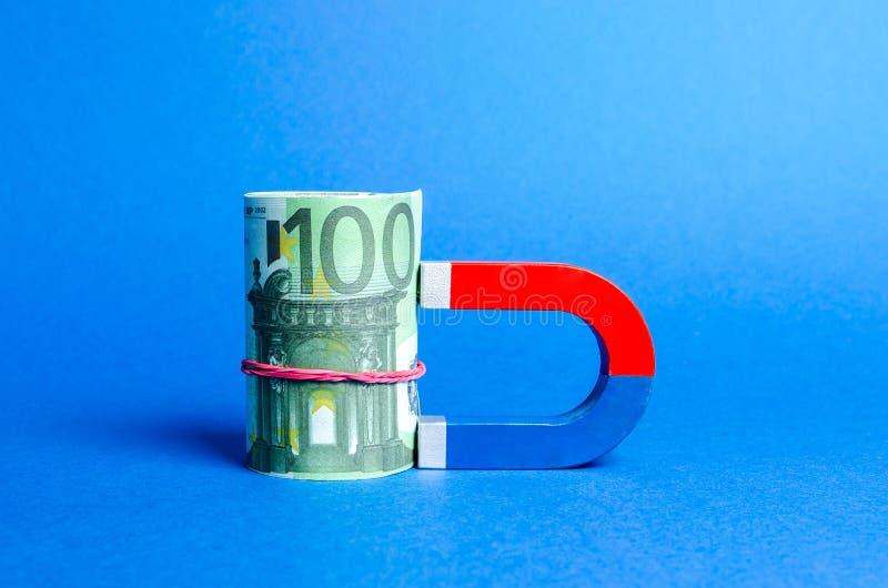 Magnes magnesuje Euro plik Przyciągający pieniądze, inwestycje i rozpoczęcia do celów służbowych Wzrost?w zyski fotografia stock