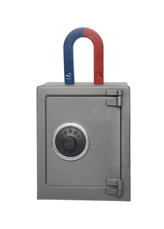 Magnet und Safe lizenzfreie stockfotografie