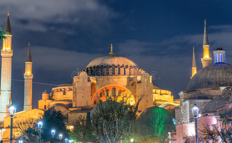 Magnificência de Hagia Sophia Museum na noite, Istambul, Turquia fotos de stock royalty free